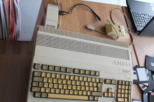 Amiga 500 plus (Photo taken by seller)